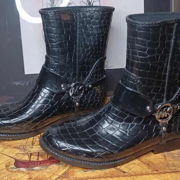 Michael Kors Rain Boot size 10